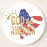 Dios bendice los prácticos de costa de América Posavasos Cerveza