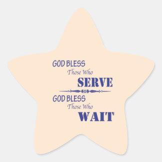 Dios bendice los que sirvan y a los que esperen calcomanía forma de estrellae