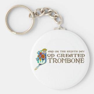 Dios creó el Trombone Llavero Redondo Tipo Pin