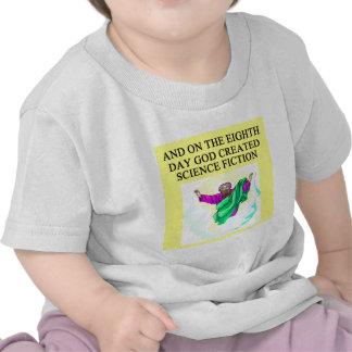 dios creó la ciencia ficción camiseta