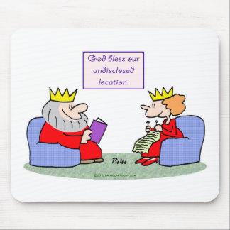 dios de la reina del rey bendice nuestra ubicación tapetes de ratón