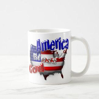 Dios de los E.E.U.U. bendice la taza de América