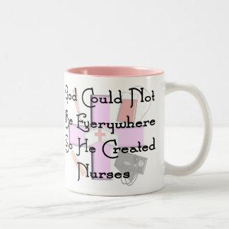 Dios de los regalos cristianos de la enfermera no tazas de café