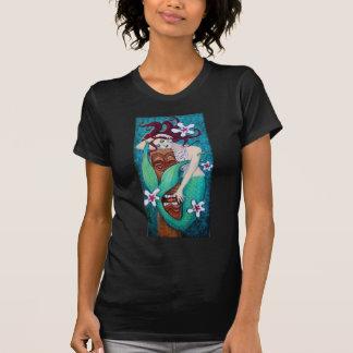 Dios de Tiki de Mermiad Camisetas