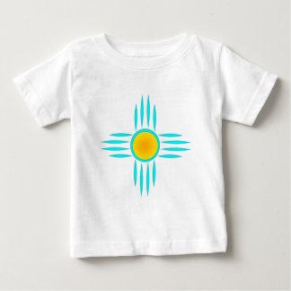 Dios del sol de la turquesa playera de bebé