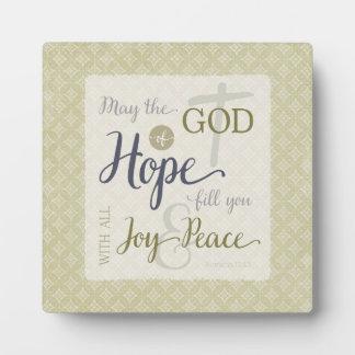 Dios del terraplén de la esperanza usted con placas de plastico