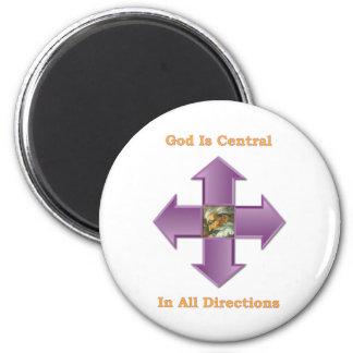 Dios es central en todas las direcciones imán redondo 5 cm