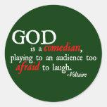 Dios es cómico pegatina redonda