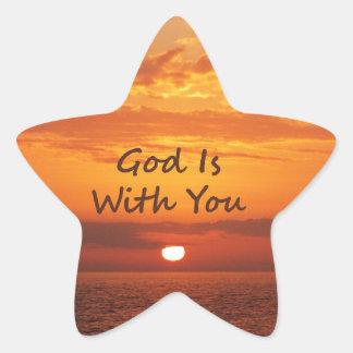 Dios es con usted puesta del sol anaranjada calcomanías forma de estrella