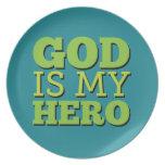 Dios es mi héroe platos para fiestas