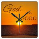 Dios es reloj de pared tan bueno de la puesta del