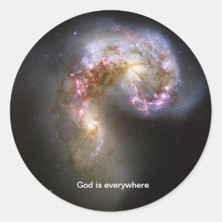 Dios está por todas partes - pegatina de las