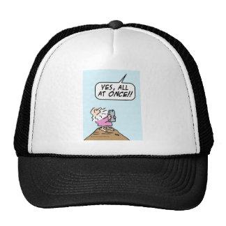 Dios:  ¡guarde diez mandamientos de una vez! gorras