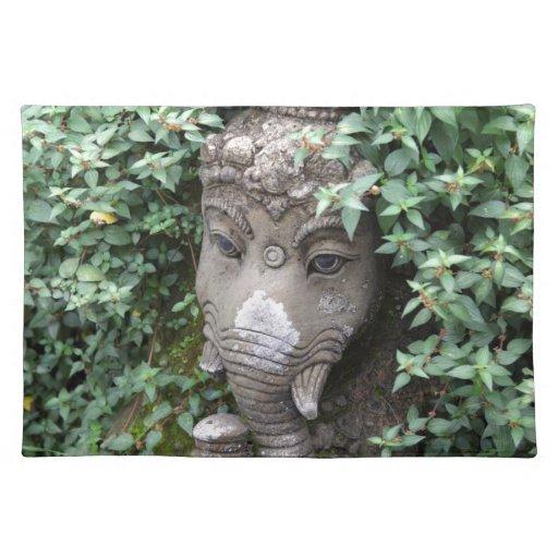 Dios hindú del elefante de Ganesha del éxito Mantel Individual
