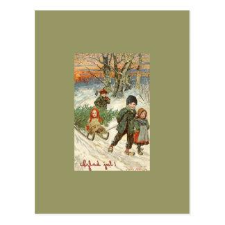 """""""Dios julio!"""" o niños minúsculos en la nieve Tarjetas Postales"""