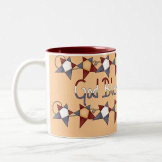 Dios patriótico bendice la taza de café de América