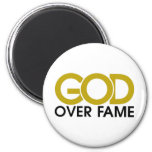 Dios sobre mercancía de la fama imanes de nevera