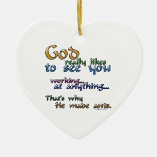 Dios tiene gusto realmente… adorno navideño de cerámica en forma de corazón