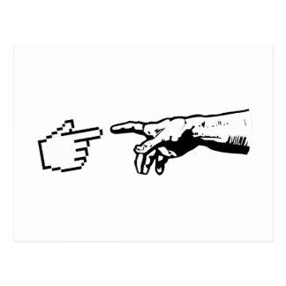 Dios y las manos de la máquina postal