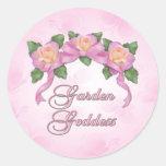 Diosa color de rosa del jardín de la bandera etiqueta redonda