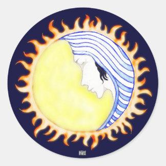Diosa de la luna etiqueta redonda