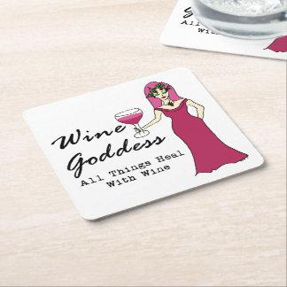 """Diosa del vino """"que todas las cosas curan con el posavasos de cartón cuadrado"""