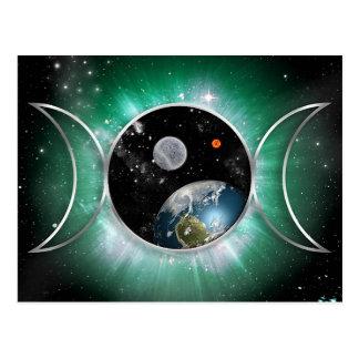 Diosa triple cósmica postal
