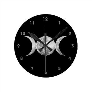 Diosa triple reloj redondo mediano