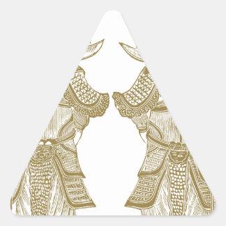 Dioses de la puerta pegatina triangular