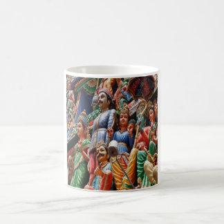 Dioses hindúes taza básica blanca