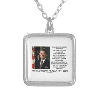 Diplomático lleno de matices sutil Reagan del arte Colgante Cuadrado