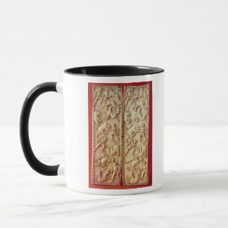 Diptych with a lion hunting scene mug