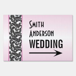 Dirección rosada y negra del boda de la cinta de letreros