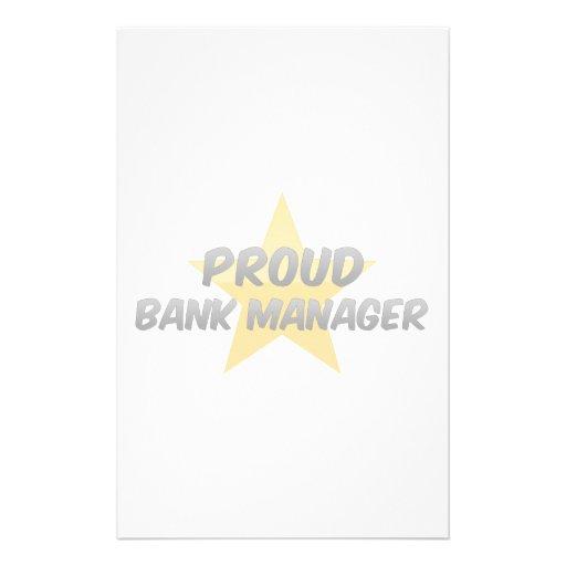Director de banco orgulloso  papeleria