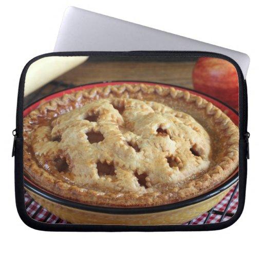 Diríjase la empanada de manzana cocida en el estan funda computadora