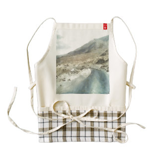 Dirt road in the Himalayas Zazzle HEART Apron