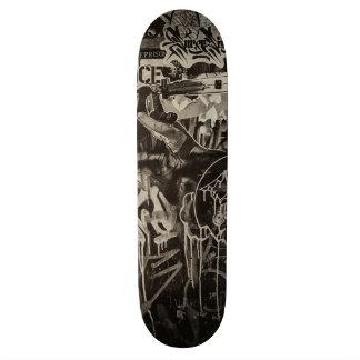 dirt skateboard