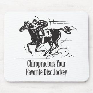 Disc jockey del favorito de los Chiropractors Tapete De Ratones
