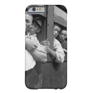 Discharged Japanese soldiers crowd train_War Image Barely There iPhone 6 Case