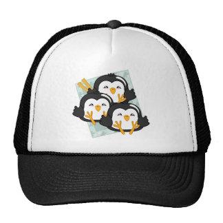 Disco de las bolas de masa hervida del pingüino de gorra
