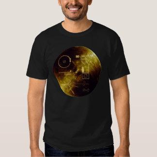 Disco de oro del viajero poleras