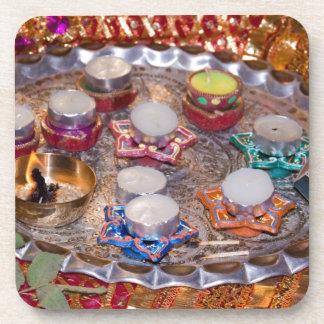 Disco hindú adornado del rezo posavasos