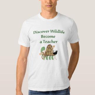 Discover Wildlife Teacher T-shirt