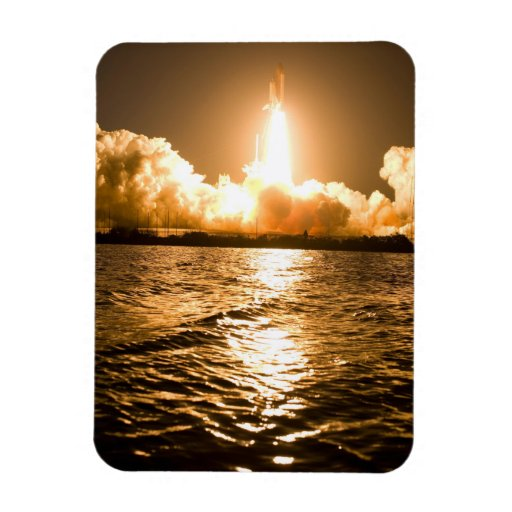 Discovery Lift Off Vinyl Magnet