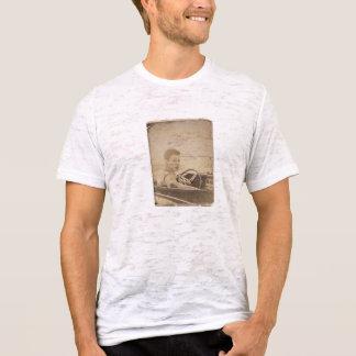 Discreet Estilosa and T-Shirt