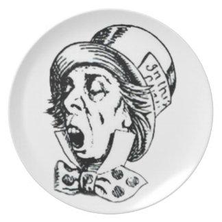 Discurso enojado del sombrerero platos de comidas