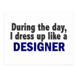 Diseñador durante el día tarjetas postales