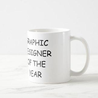 Diseñador gráfico del año taza básica blanca