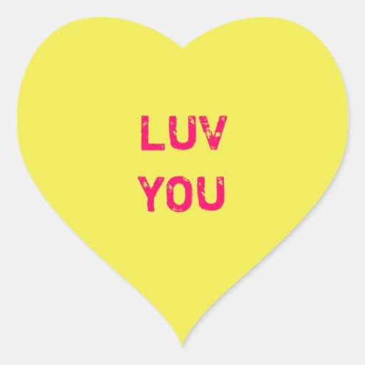 Diseñe a un pegatina amarillo del corazón de la