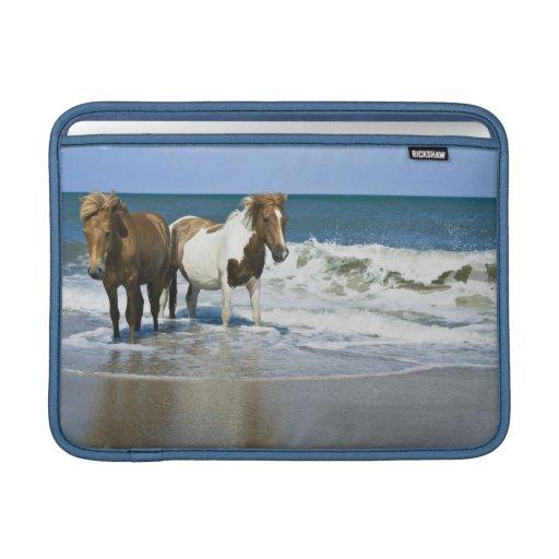"""Diseño 13"""" de la nadada del caballo manga de MacBo Fundas MacBook"""